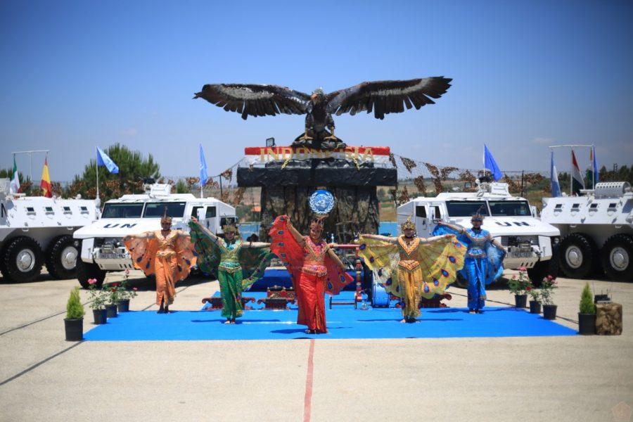 Pertunjukan Seni dan Budaya Tradisional di Markas Indobatt UNP 7-1, Adshit Al Qusayr, Lebanon Selatan, Senin (31/5/2021) | Dok. Puspen TNI