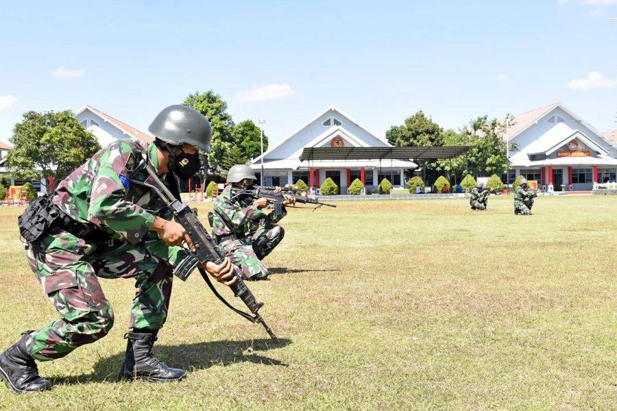 Latihan berlangsung di kelas lapangan Yonif 5 Marinir Ujung, Semampir, Surabaya, Jawa Timur, Senin (19/07/2021)   dok/photo: Dispen Kormar / Bicara Indonesia