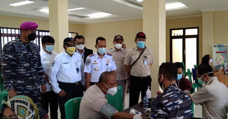 Serbuan Vaksinasi bertempat di Kantor BPTD wilayah VIII Banten, Senin (30/08/2021) | dok/photo: Ist